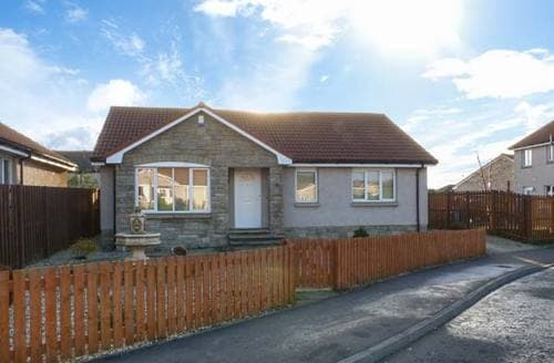 Big Cottages - Adorable Leven Park S5379