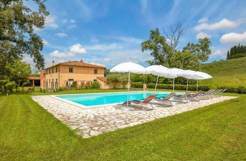 Last Minute Cottages - Villa del Borgo