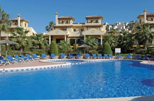 Last Minute Cottages - Hacienda del Golf Zafiro