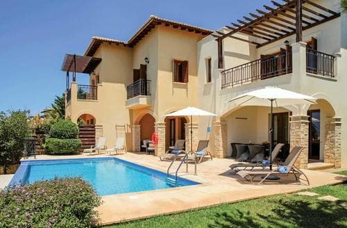 Last Minute Cottages - Theseus Village TB01