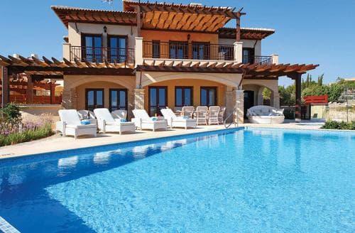 Last Minute Cottages - Villa Poseidon
