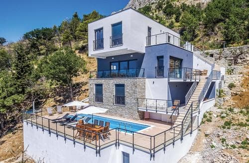 Last Minute Cottages - Villa Mia