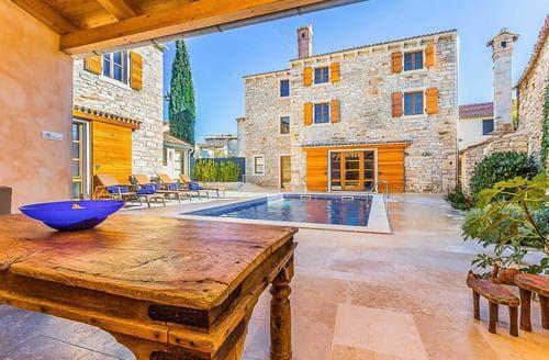 Last Minute Cottages - Villa Perla