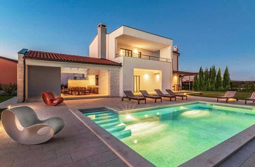 Last Minute Cottages - Villa Jan
