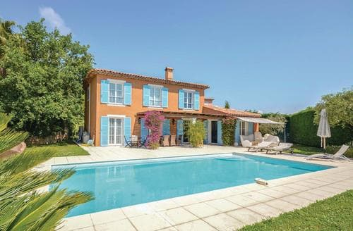 Last Minute Cottages - La Restanque