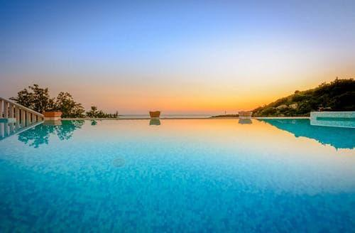 Last Minute Cottages - Mediterranean Paradise