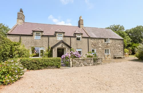 Last Minute Cottages - Plas Newydd