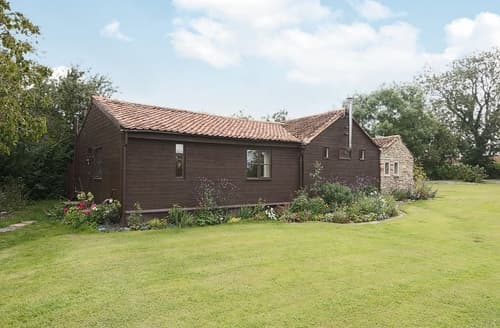 Last Minute Cottages - Orchard Barn