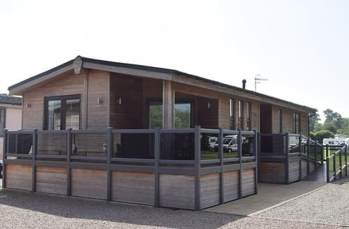 Last Minute Cottages - Shakespeare Lodge