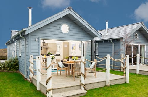 Last Minute Cottages - Puffin Lodge