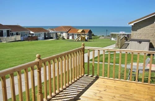 Last Minute Cottages - Beach Cottage 23 - UKC4079