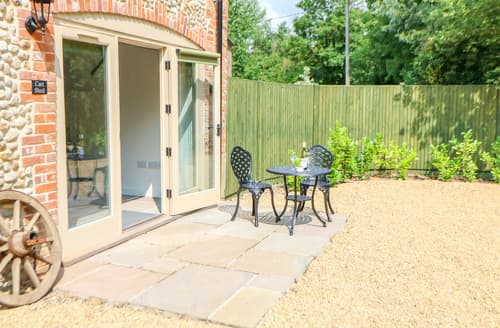 Last Minute Cottages - The Cart Shed