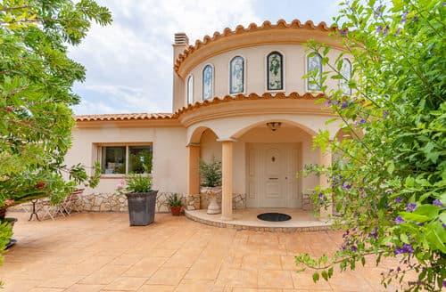 Last Minute Cottages - Villa Andromeda