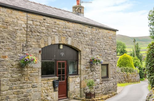 Dog Friendly Cottages - Fawcetts Barn