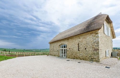 Last Minute Cottages - Merry Hill Barn, Portesham