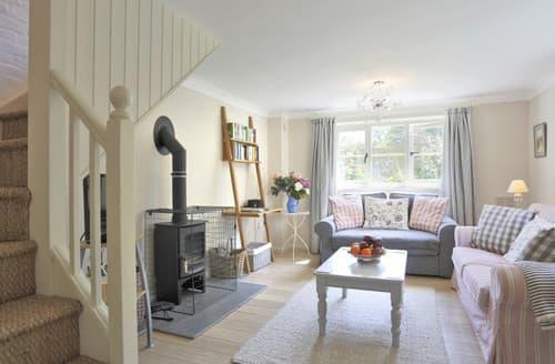 Last Minute Cottages - Waveney Lodge Cottage