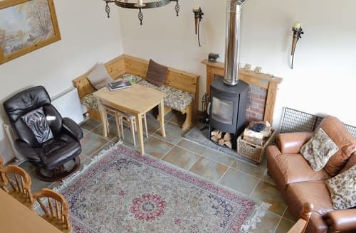 Dog Friendly Cottages - Auchingoul Cottage