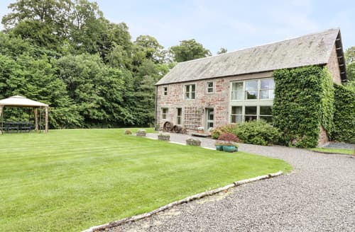Last Minute Cottages - Cardean Mill