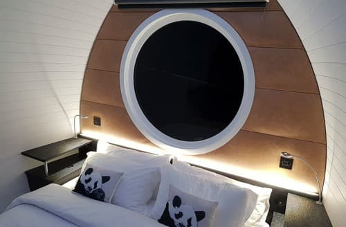 Last Minute Cottages - Luxury Pod VIP Platinum