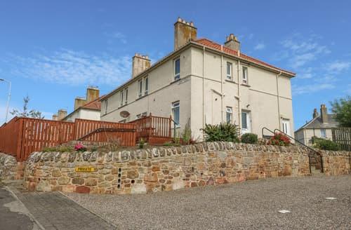 Last Minute Cottages - 1 Lamont Terrace