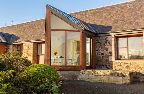 Last Minute Cottages - Thairn Cottage