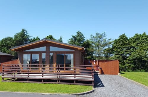 Last Minute Cottages - Glen Nevis Lodge No. 2