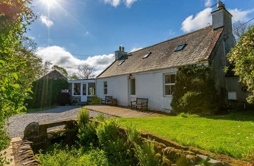 Last Minute Cottages - The Miller's House