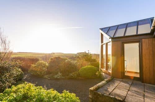 Last Minute Cottages - Mungo's Well Cottage