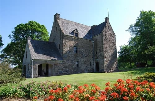 Last Minute Cottages - Barscobe Castle