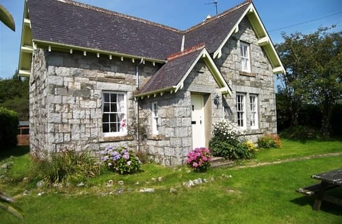 Last Minute Cottages - Rowantree Cottage