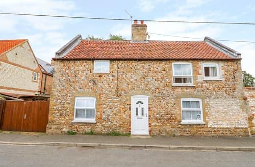 Last Minute Cottages - Garden House