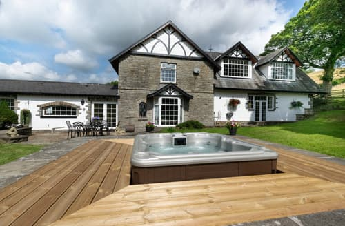Last Minute Cottages - Hafod Ganol Farm