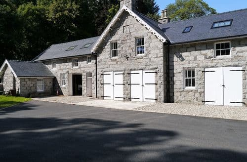 Last Minute Cottages - Rusko Stables
