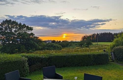 Last Minute Cottages - Cuillin View House - UK12528