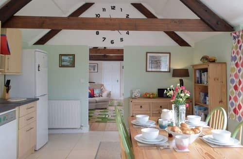 Last Minute Cottages - The Old Post House