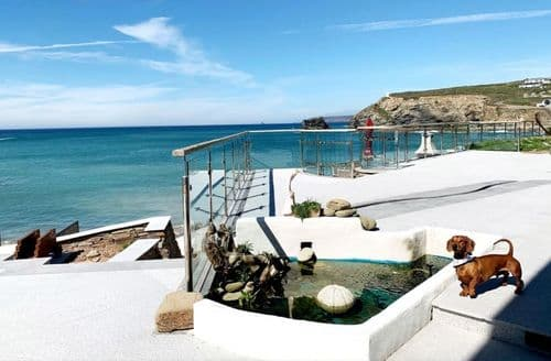 Last Minute Cottages - White Shores, Smugglers Cove, Portreath