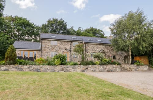 Last Minute Cottages - Castell Barn
