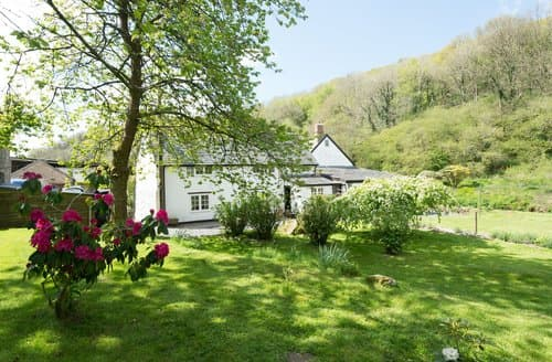 Last Minute Cottages - Bratton Mill Cottage, Bratton Fleming