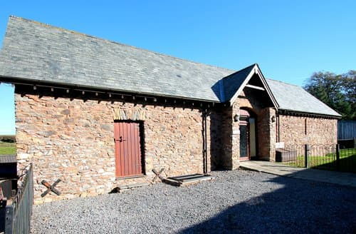 Last Minute Cottages - Yenworthy Barn, Countisbury