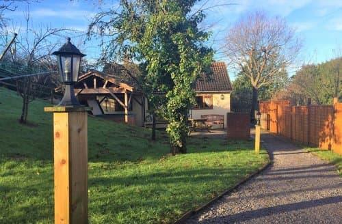 Last Minute Cottages - Orchard Cottage, Washford