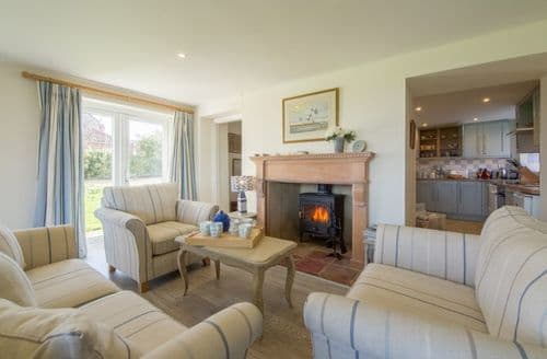 Last Minute Cottages - Sandpipers