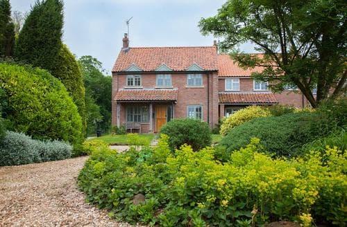 Last Minute Cottages - Marigold Cottage