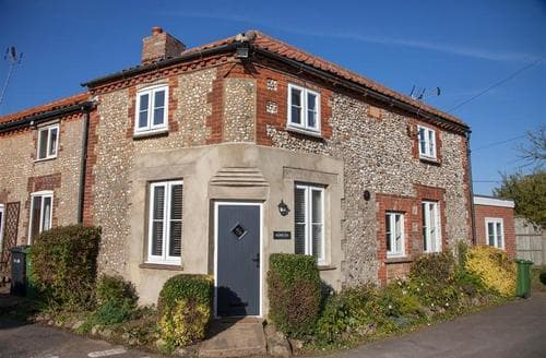 Last Minute Cottages - Home Lea