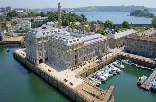 Last Minute Cottages - 15 Mills Bakery, Royal William Yard, Plymouth, Plymouth