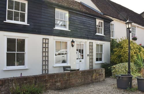 Last Minute Cottages - French Horn Cottage