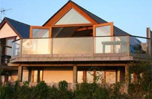 Last Minute Cottages - The Beach House, Newquay, Newquay