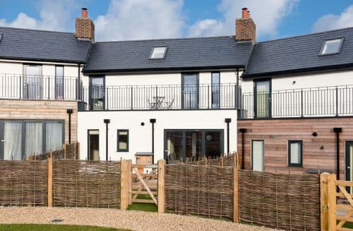 Last Minute Cottages - South View (BV23), Dorset,