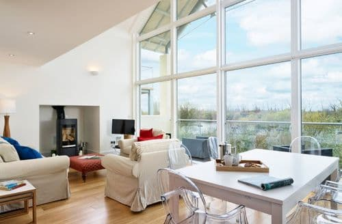 Last Minute Cottages - The Swallows (HM121), Cotswolds, Gloucestershire