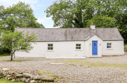 Last Minute Cottages - The Old White Cottage