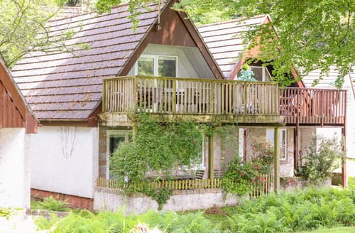 Last Minute Cottages - Valley Lodge 3